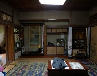 屋根裏部屋がある平屋のビフォー画像