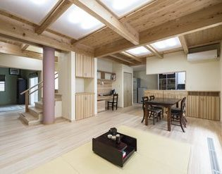 終の住処は木の家 【OMソーラーハウス】