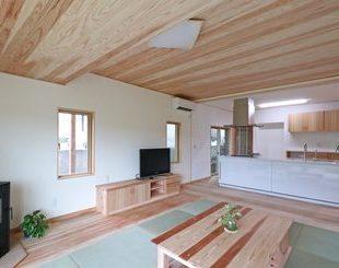 アイランドキッチンのある家のアフター画像